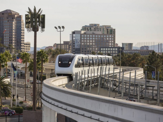 Las Vegas Monorail extension won't be ready by Raiders stadium opening