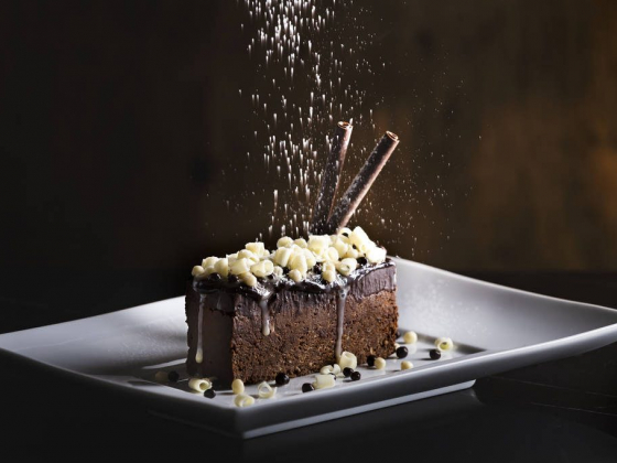 Del Frisco's steakhouse offers two new desserts