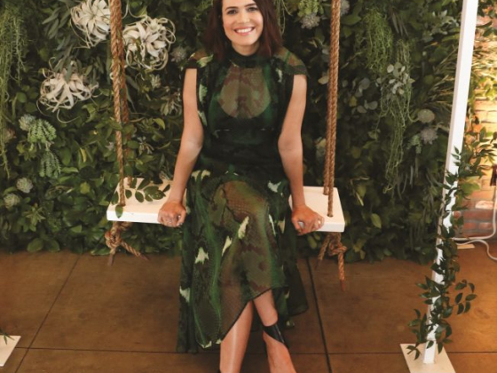 Mandy Moore's Mindful Tips for a Well-Balanced, Lively Summer