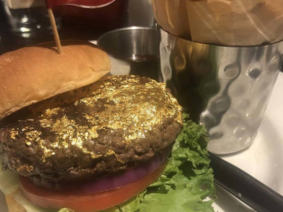 All that glitter is gold on this burger in Las Vegas
