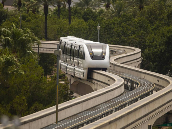 Las Vegas Monorail hits snag as Sisolak says no to plan