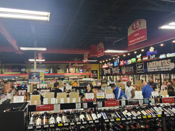 Lee's Discount Liquor offering delivery service in Las Vegas
