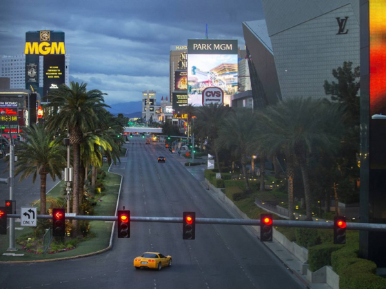 Las Vegas Strip to come back with differences, analysts say