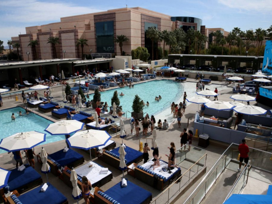 MGM Grand, Aria reopening pool clubs