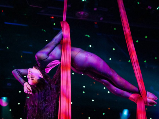 After the fall, 'Fantasy' aerialist has become a star