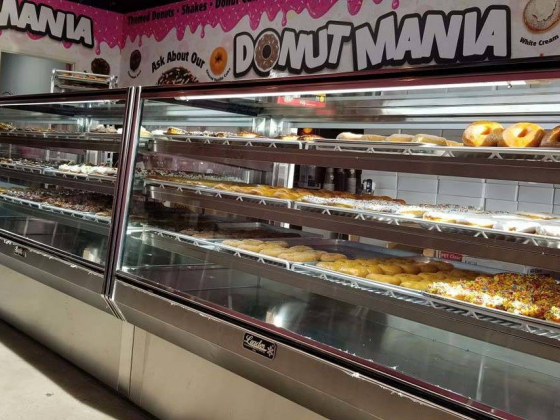 'Tanked' star opens fourth Donut Mania location in Las Vegas